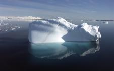 Sur les deux dernières éditions du Vendée Globe, plusieurs dizaines d'icebergs, pouvant menacer le parcours des skippers, ont été détectés par CLS